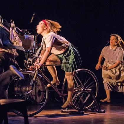 theatre-re2017-image3