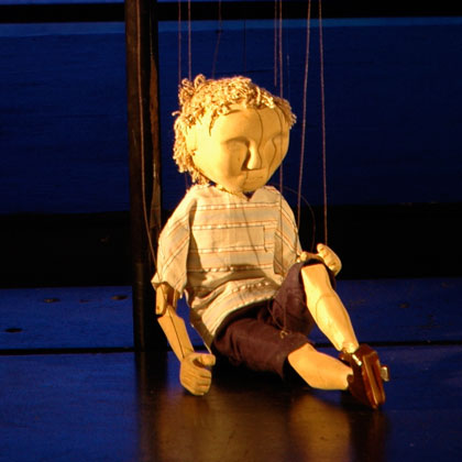 RED-BALLOON-String-Theatre